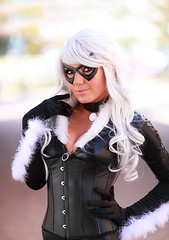 Jessica Nigri as Black Cat 2011 AZ ComicCon (gbrummett) Tags: blackcat spiderman cosplayer coplay mesaarizona img6497 canoneos5dmarkiicamera grantbrummett jessicanigri canonef85mmf12lusmlens 2011amazingarizonacomicconvention
