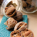 dried figs with almonds