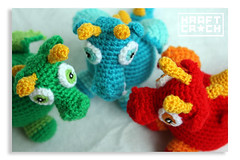 Multicolores / Multicolored (kraftcroch) Tags: blue red orange baby color verde green lana wool azul toy diy rojo soft pattern dragon handmade crochet craft dragons bebe amigurumi naranja patron juguete artesania snapdragon croche ganchillo