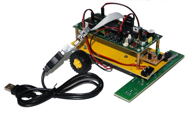 Robot Edukasi dalam Aplikasi Line Following