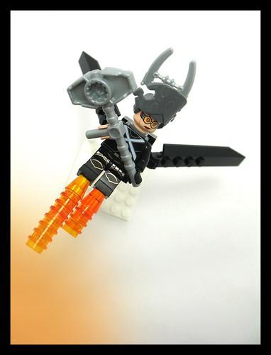 Custom minifig Mecha Huntress (Flight Suit) 001