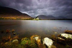 Kilchurn Castle (.Brian Kerr Photography.) Tags: winter wild mountains cold castle history wet rain landscape scotland highlands scottish hills loch lochawe kilchurncastle briankerrphotography