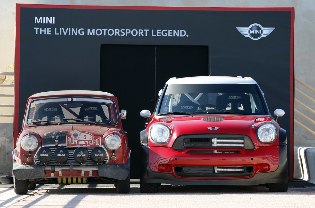 Mini Cooper old vs new