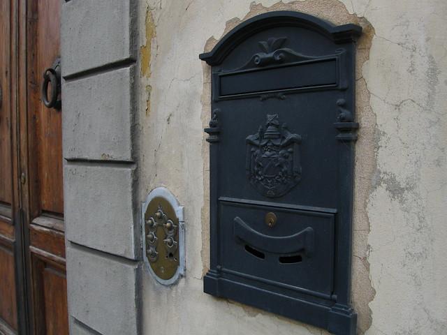 フィレンツェのポストのフリー写真素材