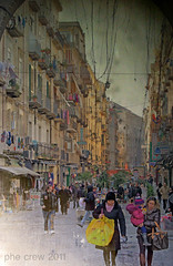 Napoli - scorcio (PheCrew) Tags: napoli campania texture scorcio people gente arco photoshop soken phecrew naples