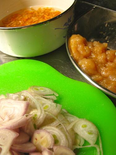 Singlish Swenglish Taro or Yam Kuih