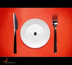Appetite > Olive (ANOODONNA) Tags: life stilllife orange black canon eos still dish knife olive fork l usm f28 canonef2470mmf28lusm ef 2470mm appetite 50d فلسفه زيتون canoneos50d لايف شوكة سكين ستيل anoodonna العنودالرشيد appetiteolive