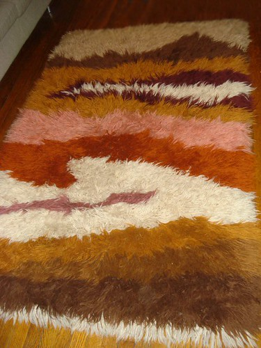 UNUSUAL HANDWOVEN GREEK FLOKATI RUG GORGEOUS!