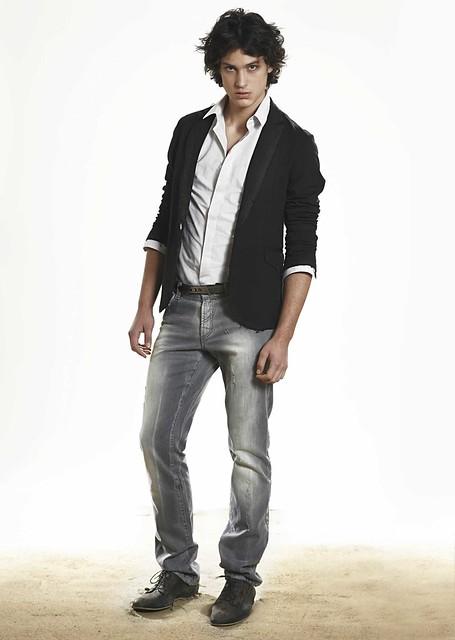 Gerrit Kramer0064_Byblos SS11 Lookbook(Homme Model)