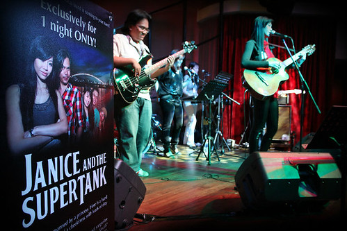 Hard Rock Showcase, Press Conference & Guitar Signing - Janice and the Supertank
