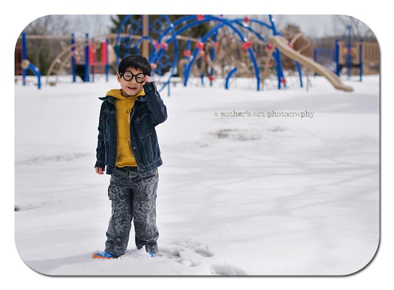snow play 1