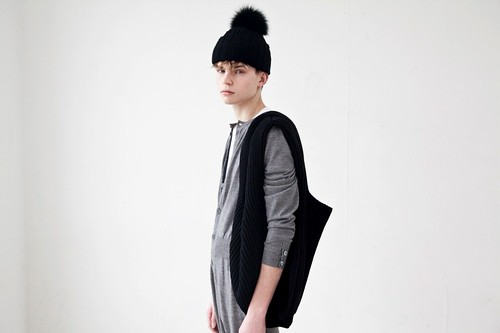 Timothy Kelleher0043_Sibling AW11