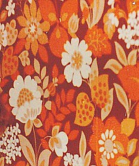 Wallpaper 70s (Ankar60) Tags: old wallpaper orange flower vintage design power sweden interior swedish 70s sverige 1970s blommor svensk 70tal interir tapet blommig