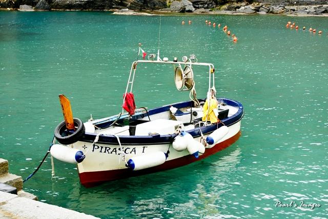 地中海上的小船