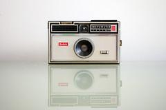 Kodak Instamatic 100 (chrisglass) Tags: camera kodak filmcamera instamatic100