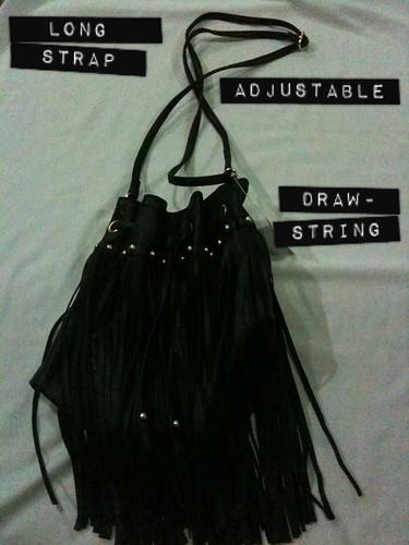 Drawstring tassel