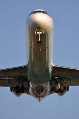 [16:32] KF0555 HEL-LHR. (A380spotter) Tags: approach landing arrival finals shortfinals boeing 717 200 ohblh flowinglivery suvenlähde summerspring sereo echnz blue1 blueone sasgroupcompany blf kf kf0555 hellhr runway27l 27l london heathrow egll lhr