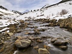 Paisaje Pirenaico (Juan Vte. Muoz) Tags: ro nieve valle montaa boi taull pirineos gettyimagesspainq1