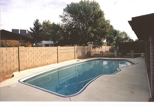 Swimming pool remodel before gg1