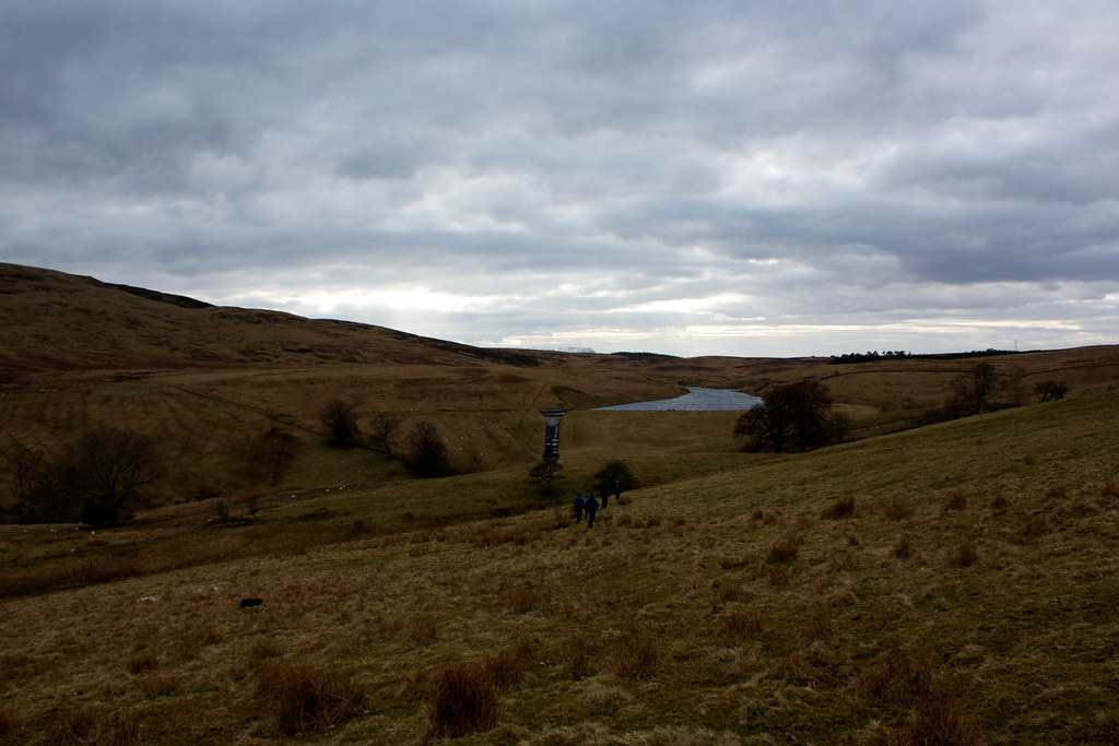 Descent to Lossburn Reservoir