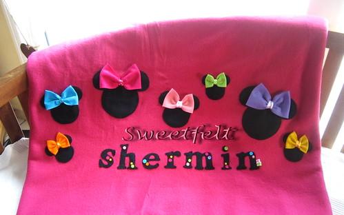 ♥♥♥  Para a Shermin que é fã da Minnie.... by sweetfelt \ ideias em feltro