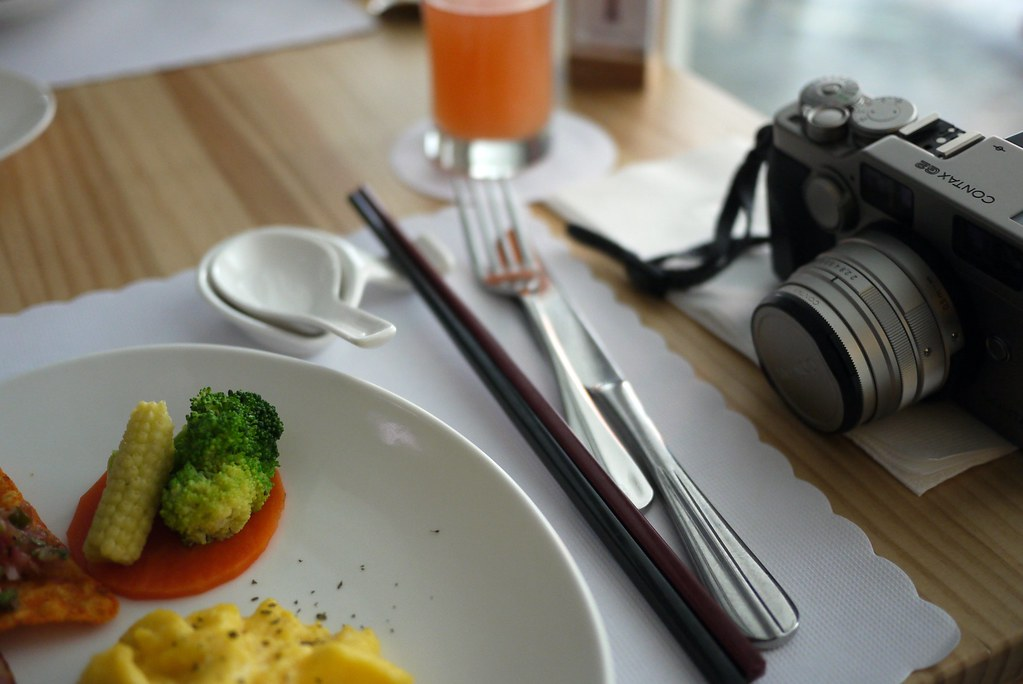 Breakfast with Contax