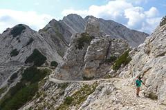 dorsale sul m.te Baldo (Tabboz) Tags: montagna garda sentiero vetta cima trekking escursione panorama rifugio salita mugaia valle mugo lago roccia cielo nuvole