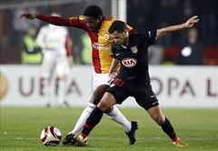 Abdul Kader Keita & Siamo (l3o_) Tags: galatasaray sar krmz red yellow aslan football futbol atletico madrid abdul kader keita siamo