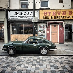 Lower Marsh (Flamenco Sun) Tags: britain british street vintage sportscar retro lowermarsh london waterloo classic car