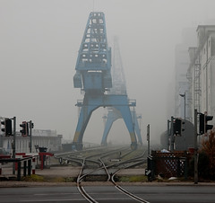 haf7025 (jurha) Tags: winter fog linz switch trafficlight nebel harbour foggy tracks hafen ampel schienen weiche neblig hafenkran