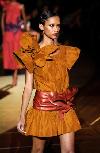 marc-jacobs-runway-spring-2011-mbfw