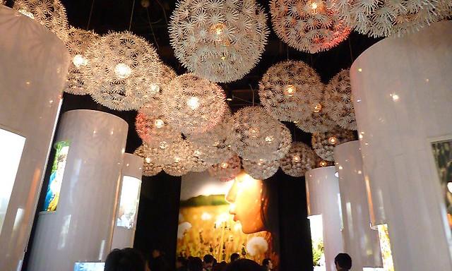 Dandelion Ceiling