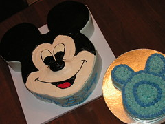 Buttercream Mickey Mouse