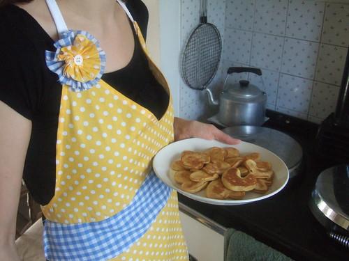 vintage apron number three:top view