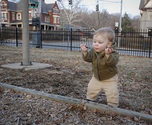 mulch thrower