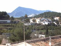 En Altea, cerca de los campos de Golf. En su inmobiliaria Asegil en Benidorm le ayudaremos sin compromiso. www.inmobiliariabenidorm.com