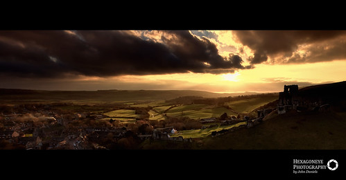 50/365 Corfe Castle at Sunset