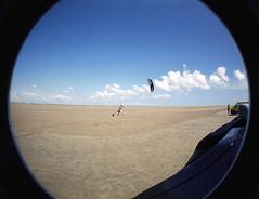 A small flat spot... (RodaLarga) Tags: lomo lomography fisheye kitesurf beauduc