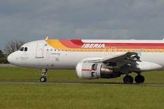 EC-HAG A320-214 Iberia (eigjb) Tags: madrid ireland dublin airplane airport aircraft aviation aeroplane airbus dub a320 iberia barajas oneworld lemd iata collinstown eidw a320214 senoriodebertiz echag ibe3184