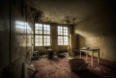 (5y12u3k) Tags: abandoned hospital hotel basket room neglected manor hdr decayed urbex 14mm photomatix samyang pelonken