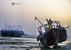 Abandoned 2 (Vendetta,) Tags: nikon flickr kuwait past vendetta q8 oldships    d7000
