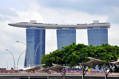 Marina Bay Sands (Eustaquio Santimano) Tags: park trees roof sky plants rooftop water pool gardens skyline marina swimming 1 bay three singapore terrace towers restaurants casino resort worlds elevated sands longest nightclubs integrated skypark hectare