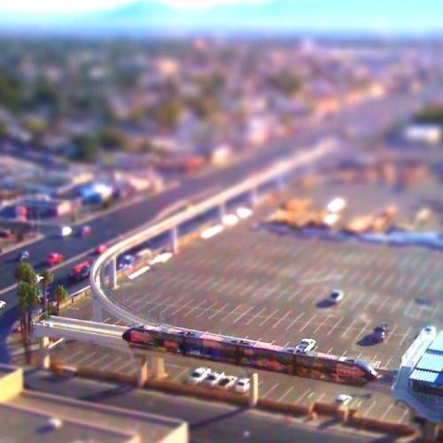 Las Vegas Monorail with #tiltshift effect. by ObieVIP