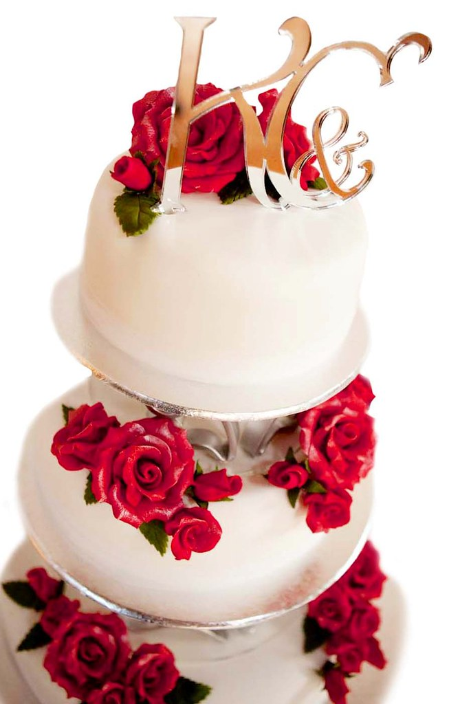 SILVER MONOGRAM RUBY RED ROSES WEDDING CAKE