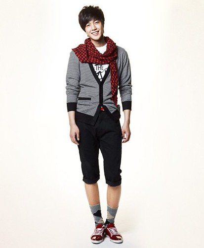 South Korean actor Kim Hyun Joong casual apparel photo _8_