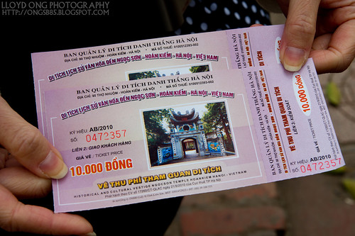 Ticket to Den Ngoc Son Temple