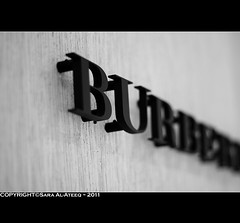BURBERRY (Sara Al-Ateeq) Tags: black canon 50mm sara d 500 burberry 2011    whait  alateeq