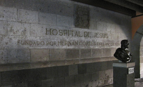 "Hospital de Jesus 13 • <a style=""font-size:0.8em;"" href=""http://www.flickr.com/photos/30735181@N00/5572065240/"" target=""_blank"">View on Flickr</a>"