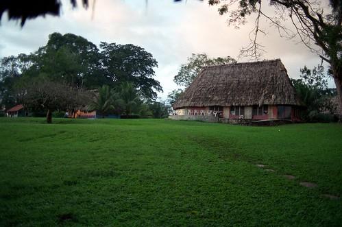 Belize04F04