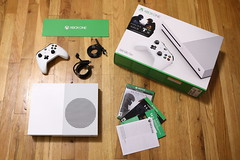Xbox One S Unboxing (Jemlnlx) Tags: canon eos 5d mark iv ef 2470mm f28 l usm product products video games game gaming microsoft xbox xboxone one s slim unboxing new package packaging white 500gb contents